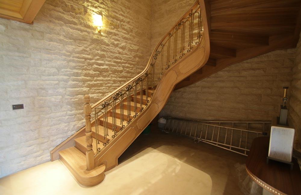 escalera de madera. Diseño y fabricación