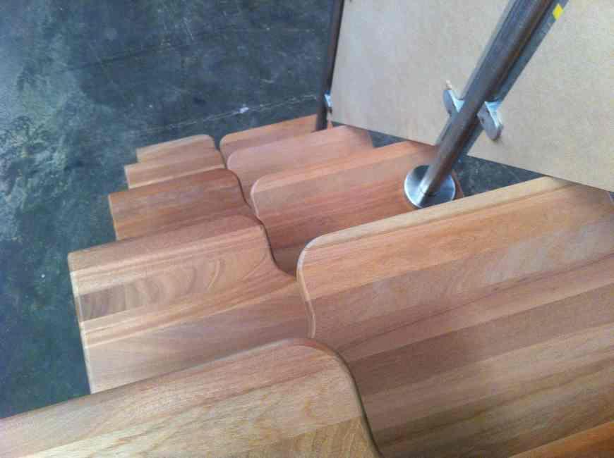 peldaño japones en madera barras de acero
