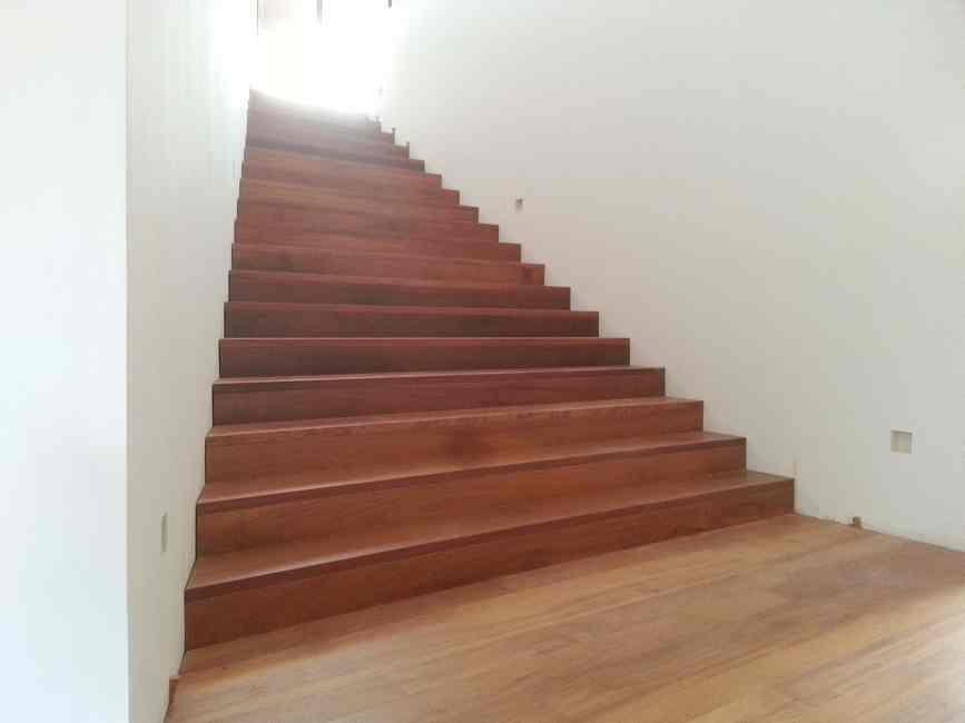 revistimiento escaleras madera